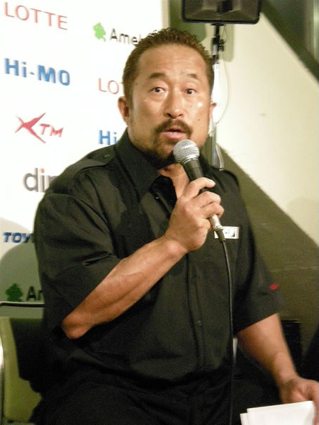 魔裟斗vs.佐藤戦でのジャッジについて、角田レフェリーが説明