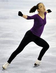 スケートカナダ開幕を前に調整する村主章枝=オタワ