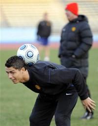 クラブW杯決勝を翌日に控え、リラックスした表情のクリスティアーノ・ロナウド