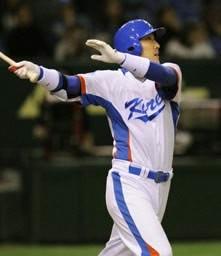 「ミスター東京ドーム」李晋映が満塁本塁打を放ち、韓国に勢いをつけた