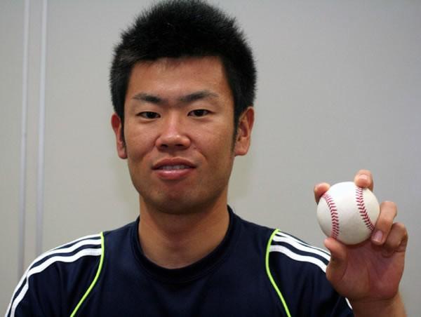 阪神のドラフト1位指名を受けた榎田。冷静なマウンドさばきが魅力だ