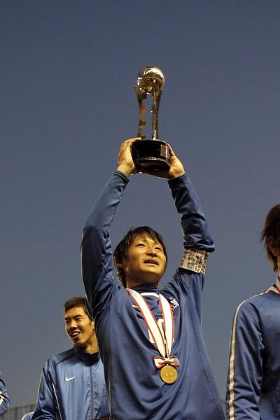 決勝で2ゴールを挙げた和泉が、市立船橋を5度目の優勝に導いた