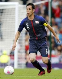 キャプテンとして絶大な存在感を見せる吉田。彼の加入がチームに安定感をもたらした