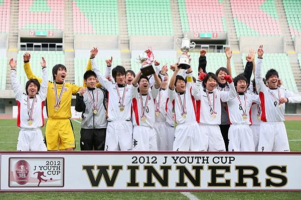Jユースカップを初めて制した札幌U−18。ピッチ内外で強さが表れていた