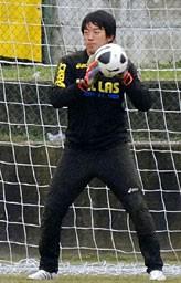ベローナの練習に参加した権田。「いつかイタリアでプレーしたいというのはある」と自身の願望を明かしている