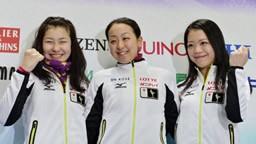 四大陸選手権を翌日に控え、意気込みを語った選手たち(左から村上、浅田、鈴木)