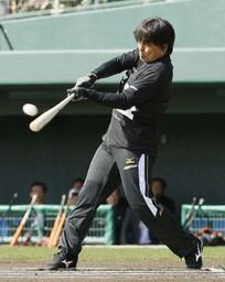 9日にはフリー打撃を行った松井氏。その打撃に阿部は驚きを隠せなかった