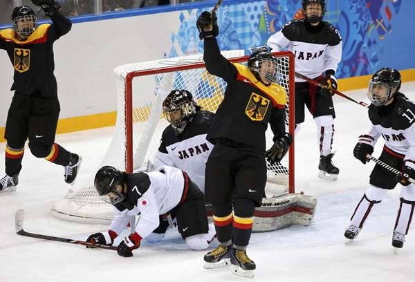 日本はドイツに敗れて3連敗。順位決定戦では五輪初勝利を挙げられるか……