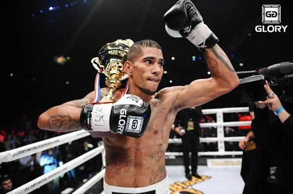 ボクシングからキックボクシングに転向したペレイラがミドル級トーナメントを制した