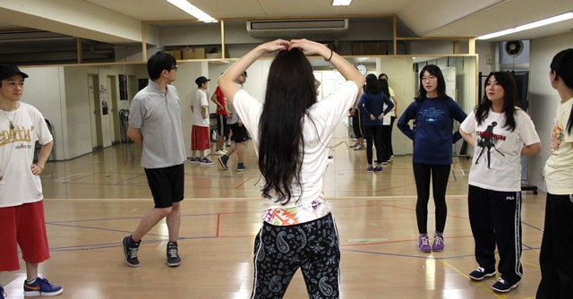 一抹の不安を抱えながらアニソンダンス教室に参加
