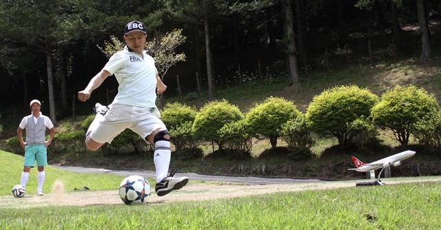 サッカー×ゴルフ 奇跡の融合! 世界のおもしろスポーツW杯(1)
