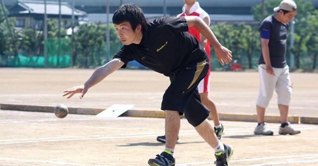 """21歳の角田さんは野球で果たせなかった""""世界""""への夢をスポールブールに託している"""
