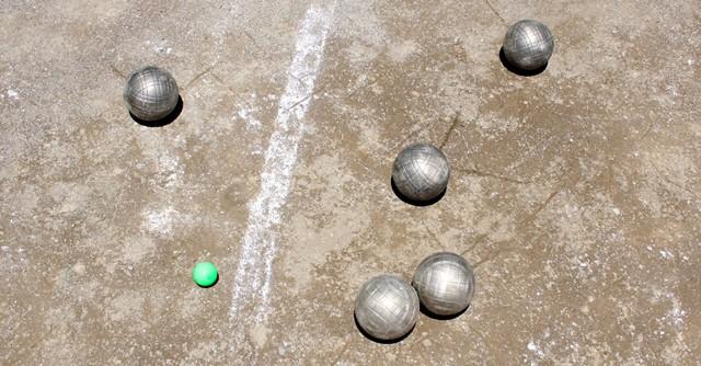 トラディショナルではゲームが進むとこんな感じになる(緑のボールが標的となるビュット)