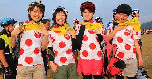 昨年は女性も多数参加、誰でも楽しめる世界唯一の富士山一周自転車イベントだ