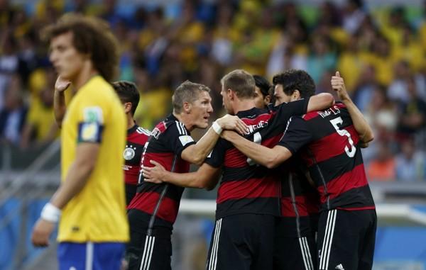 """W杯準決勝第1戦、1−7で敗れたブラジルの""""悲劇""""がクローズアップされているが、大勝したドイツの強さは見事としか言いようがない"""