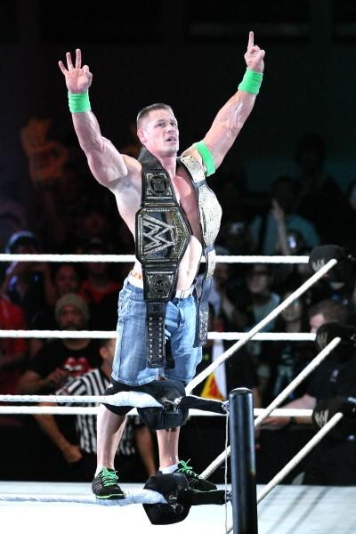 WWE世界ヘビー級王座を防衛したシナ