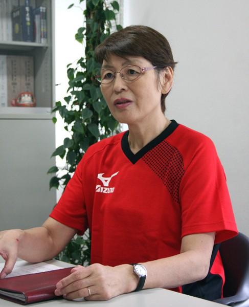 荒木田裕子・強化事業本部長は「縦断的、横断的に選手を選考して、さまざまな経験を積ませることで人間的にも教育する」と話す