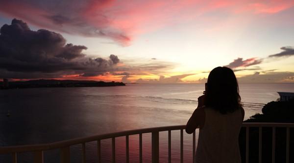 部屋から見た夕焼けの美しさに声が出ました