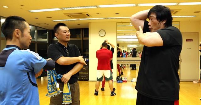 小橋先生自らがひとり、ひとりに声をかけ、手取り足取りトレーニングを指導してくれる