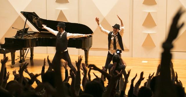 音楽を聞くためのヨガ公演!? つながりを感じる旅「シアターヨガ」