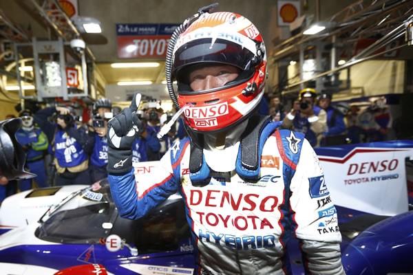 ル・マンでは日本人初のポールポジションを獲得。また、トヨタは参戦3年目で初の年間王者に輝くなど、飛躍のシーズンとなった