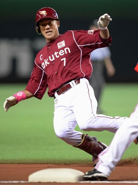 今年10月には40歳を迎える松井。日本球界を代表する内野手が外野でどのような姿を見せるか?