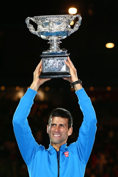 全豪オープンの男子シングルスで5度目の優勝を果たしたジョコビッチ