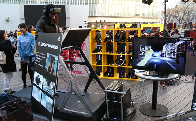 VR(バーチャル・リアリティ)テクノロジーを活用したランニングマシン「VR ENERGY RUNNING」
