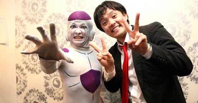 イベント主宰のBAN BAN BAN、鮫島ヒロミさん(右)とフリーザ様の山本正剛さん