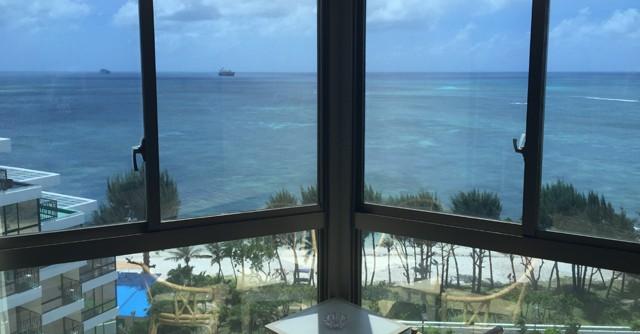 今回滞在したのはグランヴィリオリゾート サイパン(旧ハファダイビーチホテル)のタガタワー。オーシャンフロントの眺望が素晴らしい