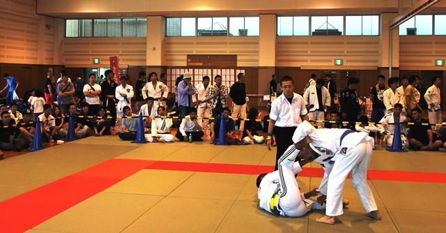 家族で楽しむライフスポーツ柔術を目指して 愛好家たちの祭典「DUMAU九州」