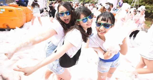 「バブルラン」千葉、大阪に続き愛知でも 泡まみれのラン&パーティーを楽しもう!