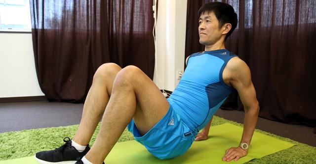1カ月で二の腕引き締めトレーニング 体幹も同時に鍛えて一石二鳥