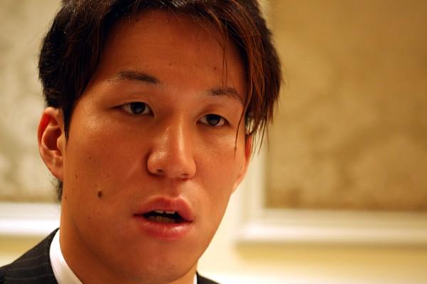 水泳の世界選手権に出場する小関也朱篤に自身の競泳人生を振り返ってもらった