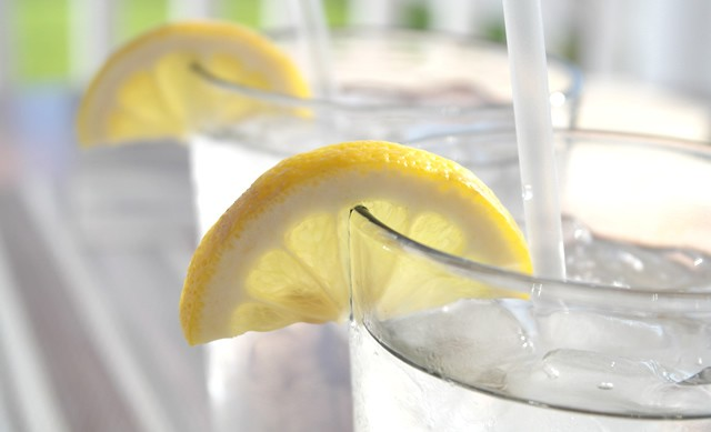 夏に役立つ 上手な水分補給のポイント 管理栄養士おすすめ!コンビニ飯の選び方