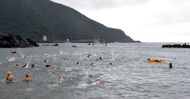 世界遺産の海を満喫せよ! 海と水泳の新しい楽しみ方・屋久島OWS