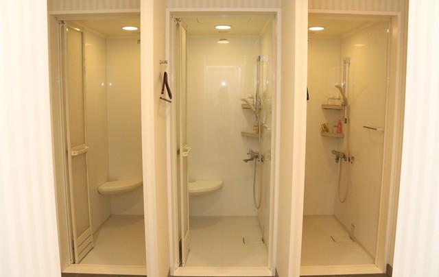 もちろんシャワールームも完備されている
