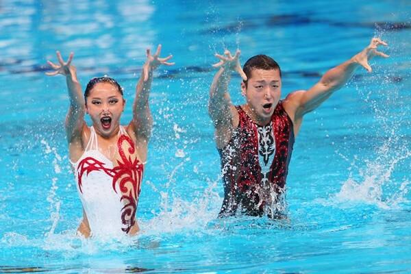 男女混合ペアによるミックスデュエットが初開催。日本の安部・足立組も健闘を見せた