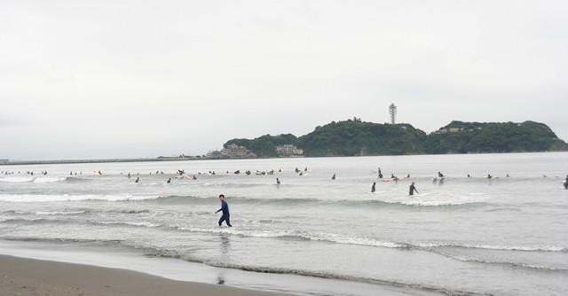 視線の向こうに望むのは江ノ島……湘南に帰ってきた!