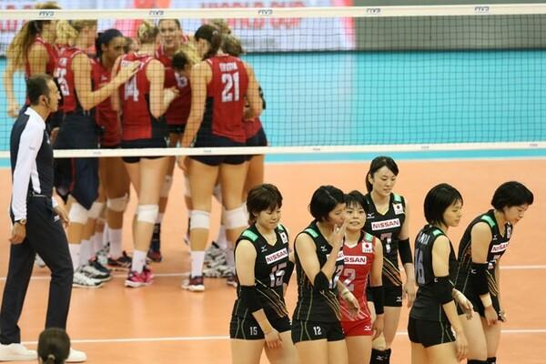 1−3で米国に敗れた日本。痛恨の3敗目を喫し、今大会での五輪出場権を逃した