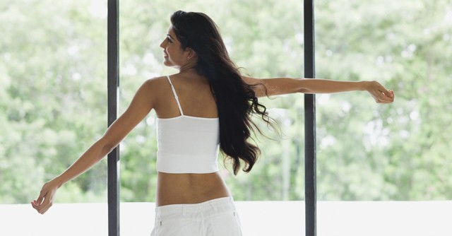 スポーツ前のけが予防にストレッチ 筋肉を刺激して、体の動きをスムーズに!