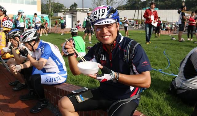 前日に参加した、電動自転車での石巻周遊ライドでご一緒したライダーさんに再会!