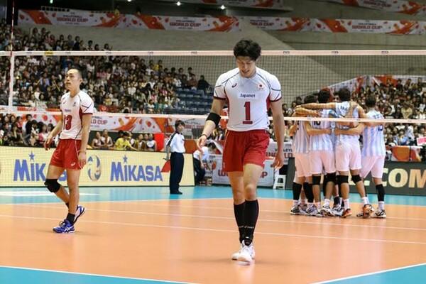 アルゼンチンにストレートで敗れた日本は、今大会でのリオ五輪出場権獲得はならなかった