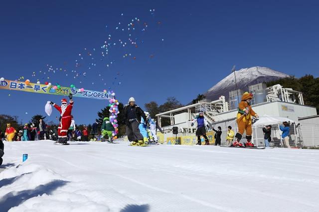 """""""日本一早い""""スキー場がオープン 富士山2合目の「イエティ」"""