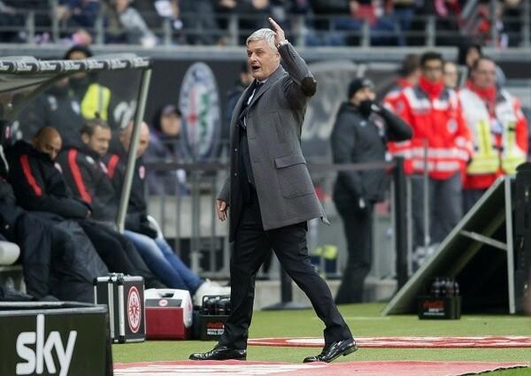 アルミン・フェー監督が復帰したフランクフルト。ここまでのところ、期待とはまったく違うシーズンになっている