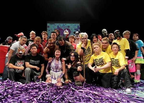 乳がんのステージ4と医師に告知を受けているフリーの女子プロレスラー・亜利弥'が20周年記念興行を開催した