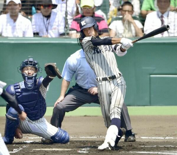 昨年の甲子園でも活躍した敦賀気比・林中。昨夏の明徳義塾戦では本塁打を放った