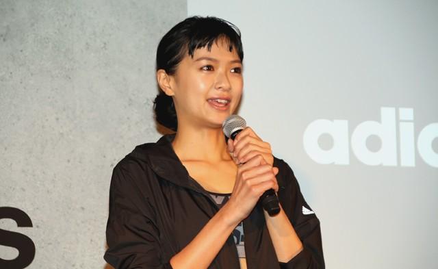 アンバサダーに就任したタレントの榮倉奈々さん