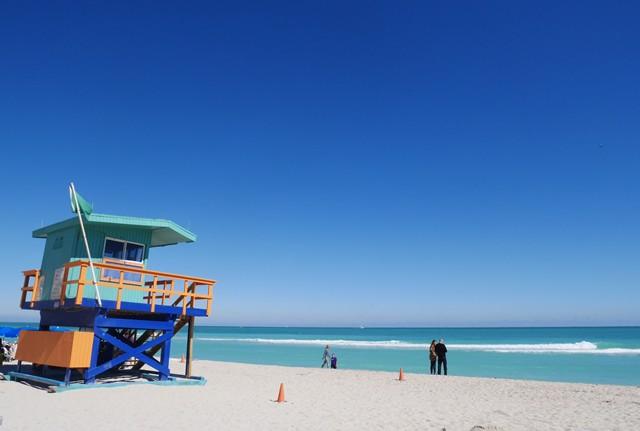 そしてマイアミビーチは私が想像していた通りの青い空、青い海でした!