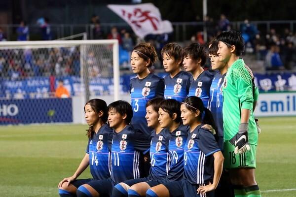 予選敗退の知らせを聞き、なでしこジャパンの選手たちはベトナム戦に臨んだ